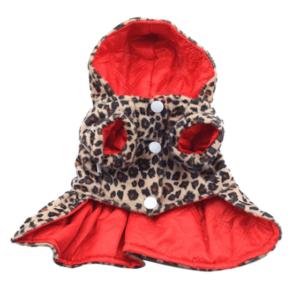 Эффектное алое пальто с леопардовым подпалом