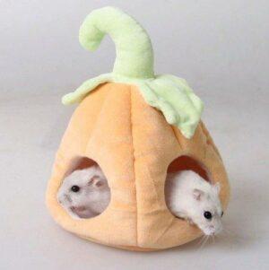 Хорошенький гамак в форме тыквочки для мышки или хомячка
